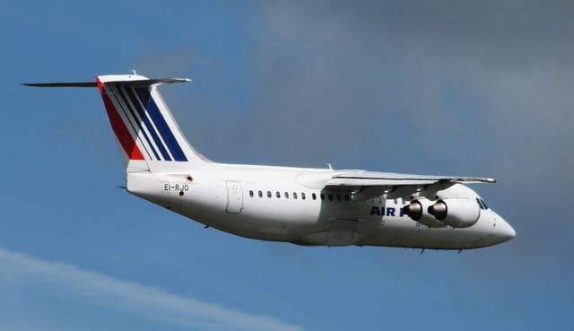 Avion AVRO 146 - Air France.