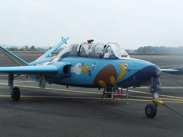 Avion de chasse - Fouga Magister.