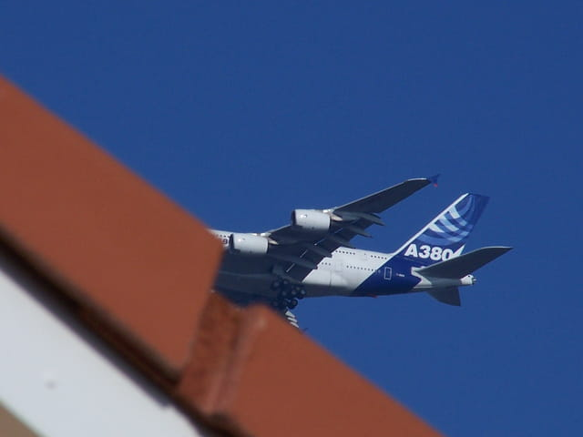 Avion de ligne Airbus A 380.