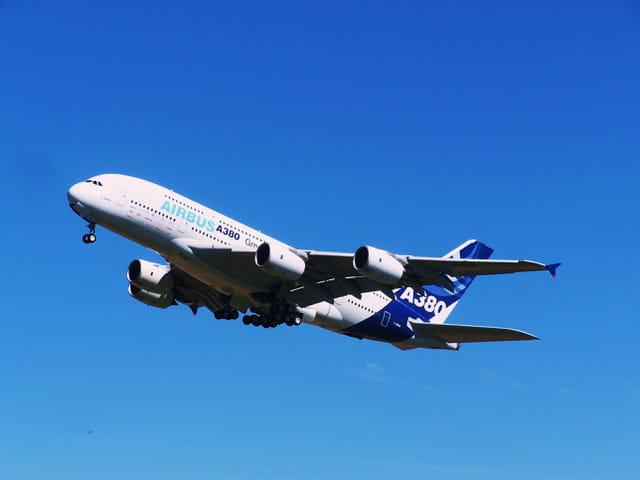 Avion de ligne - Airbus A 380 - Le géant.