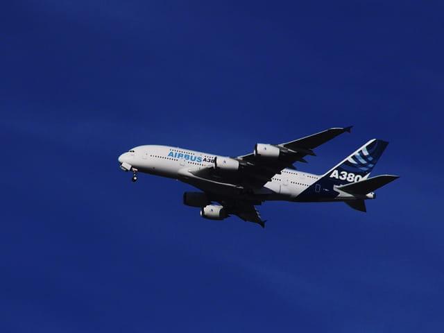 Avion de ligne - Airbus A 380 - Le géant des airs.