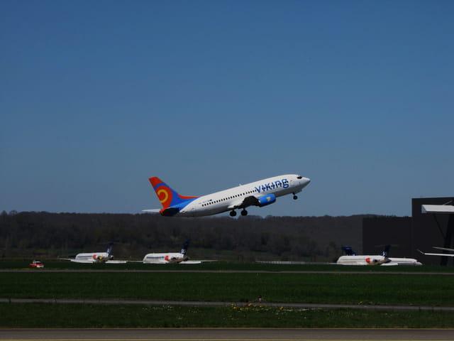 Avion de ligne - Airbus A320 - Cie VIKING.