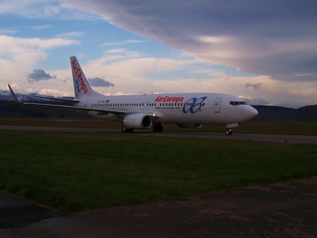 Avion de ligne Boeing 737-800 - Cie Aireuropa.