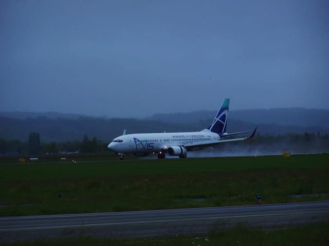 Avion de ligne - Boeing 737-800 -  Cie Axis.