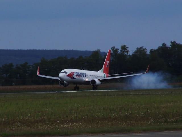 Avion de ligne Boeing 737-800 - Cie Travel service.