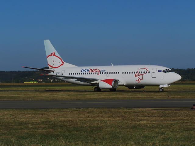 Avion de ligne - Boeing 737 - Cie BMI.