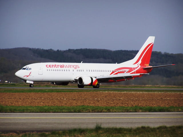 Avion de ligne Boeing 737 - Cie Centralwings.