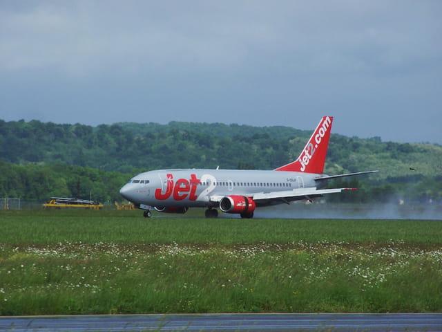 Avion de ligne - Boeing 737 - JET2.