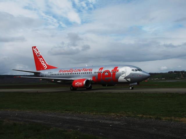Avion de ligne - Boeing 737 - JET2 - Friendly.