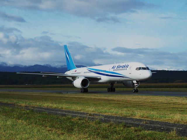 Avion de ligne Boeing 757 - Cie Air Slovakia..