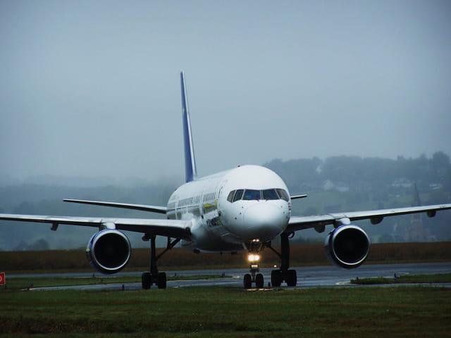 Avion de ligne - Boeing 757 - Cie Astraeus.
