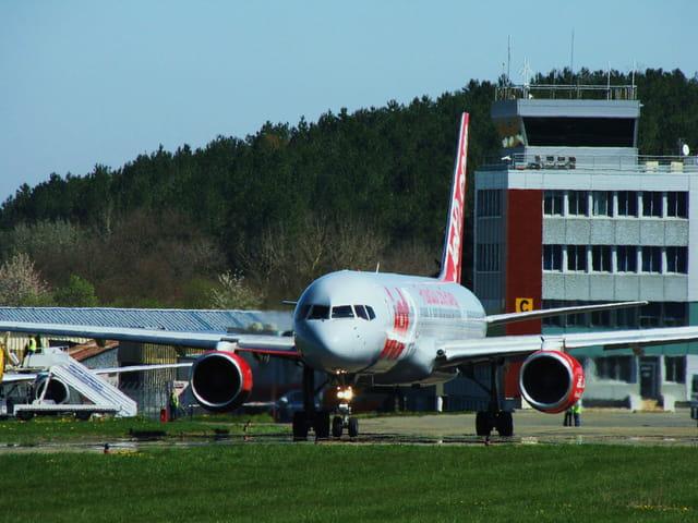 Avion de ligne - Boeing 757 - Cie JET2.