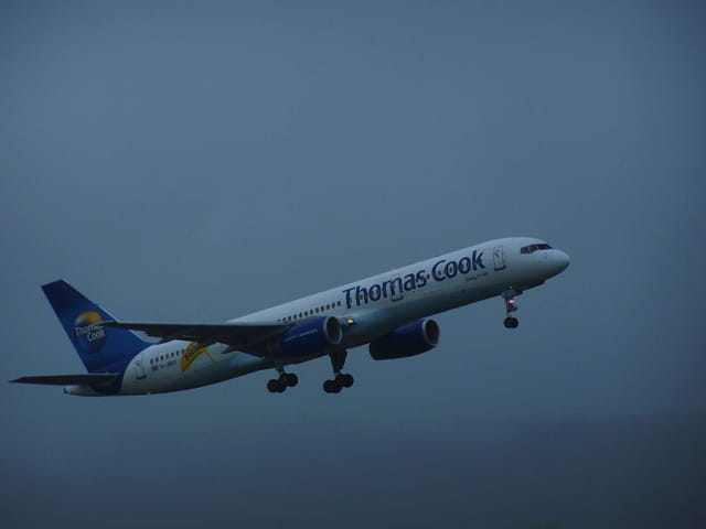 Avion de ligne - Boeing 757 - Cie Thomas Cook.