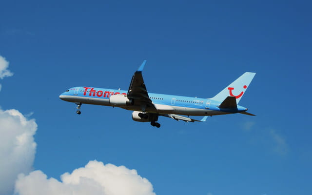 Avion de ligne Boeing 757 - Cie Thomson Fly