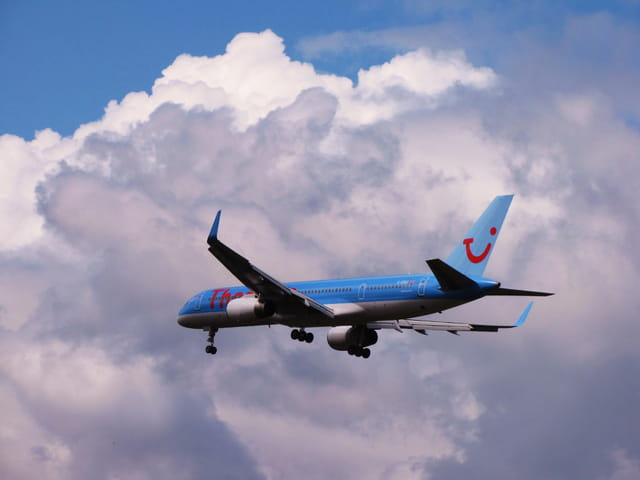Avion de ligne Boeing 757 - Cie Thomson Fly.
