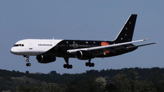 Avion de ligne Boeing 757 - Titan Airways.
