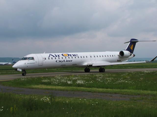 Avion de ligne CRJ - Compagnie Air One.