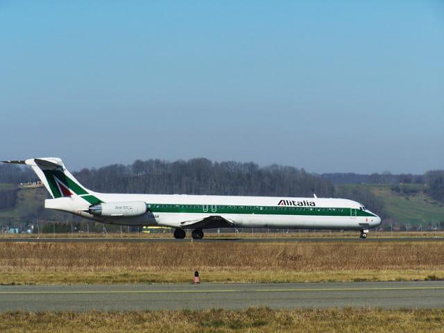 Avion de ligne - MD 82 - Alitalia.