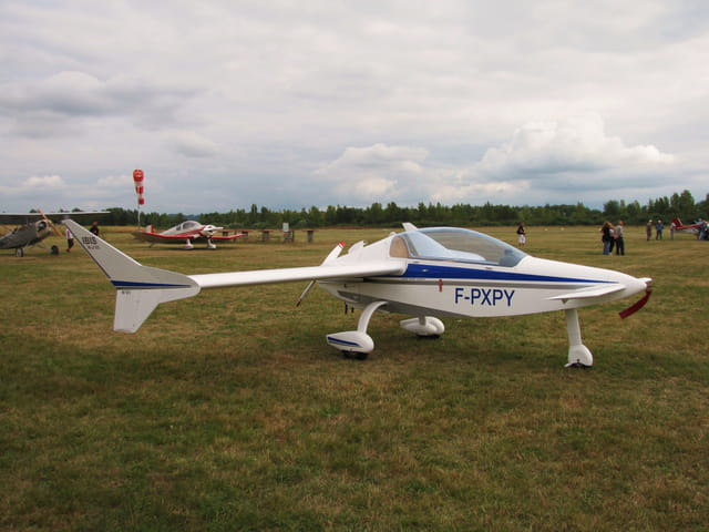 "Avion de tourisme ""IBIS""."