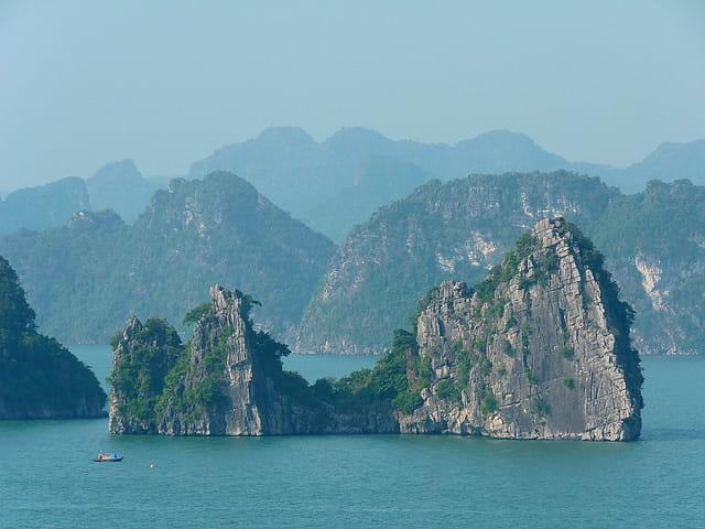 Baie de Ha Long  9