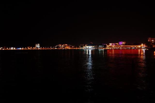 baie de l'anse vata de nuit