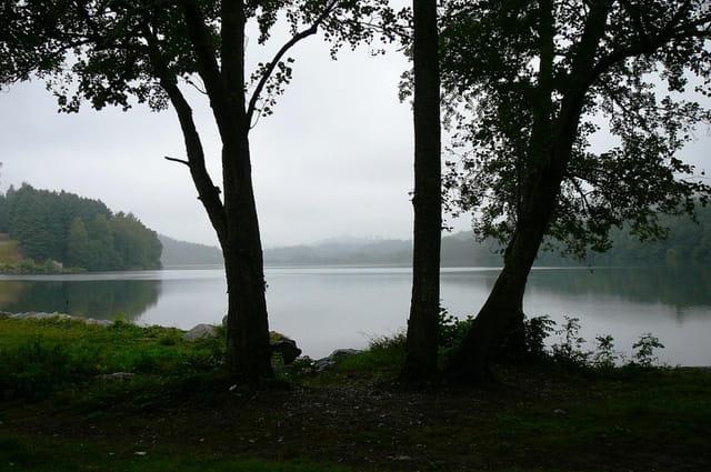 Balade au lac de Lourdes sous la pluie - 1