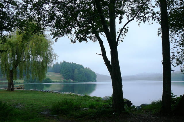 Balade au lac de Lourdes sous la pluie -  7