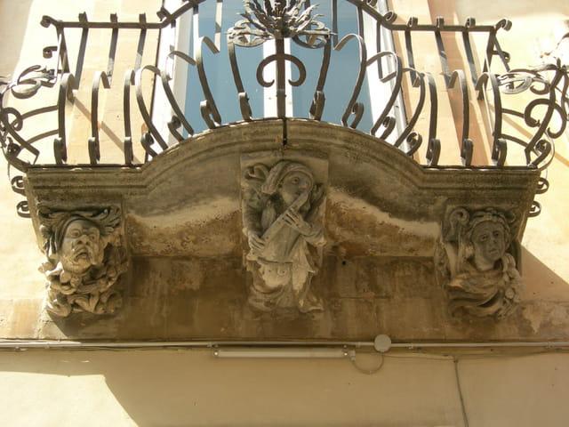 balcon baroque du palais  Villadora