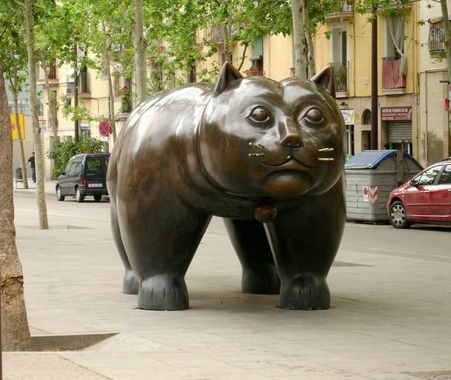 Barcelona, chat obèse de Botero
