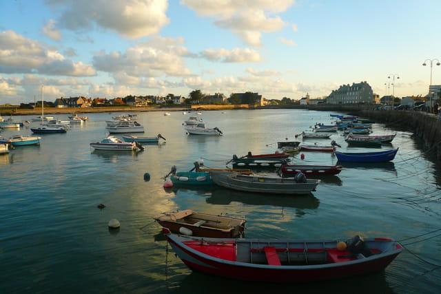 Barques au port de Barfleur