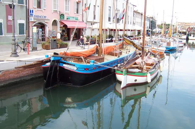 Barques typiques