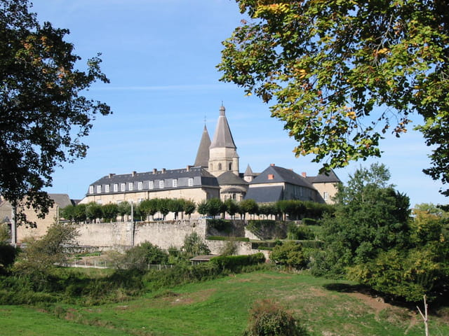 Basilique benevent l' abbaye creuse