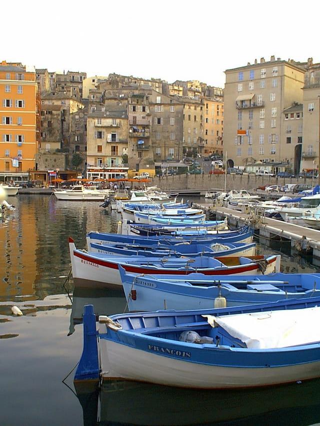 Bateaux du vieux port de Bastia