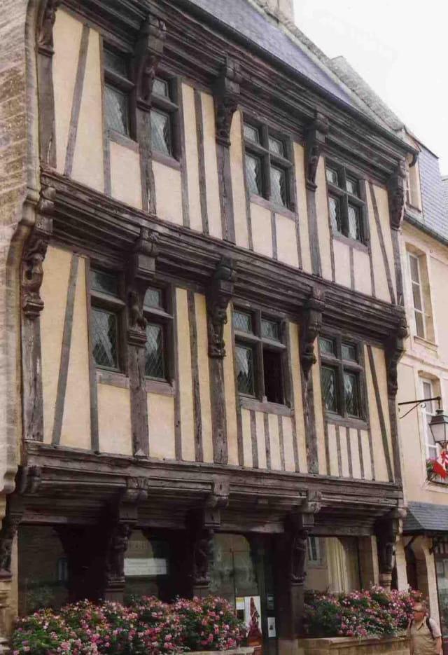 Bayeux : maison normande