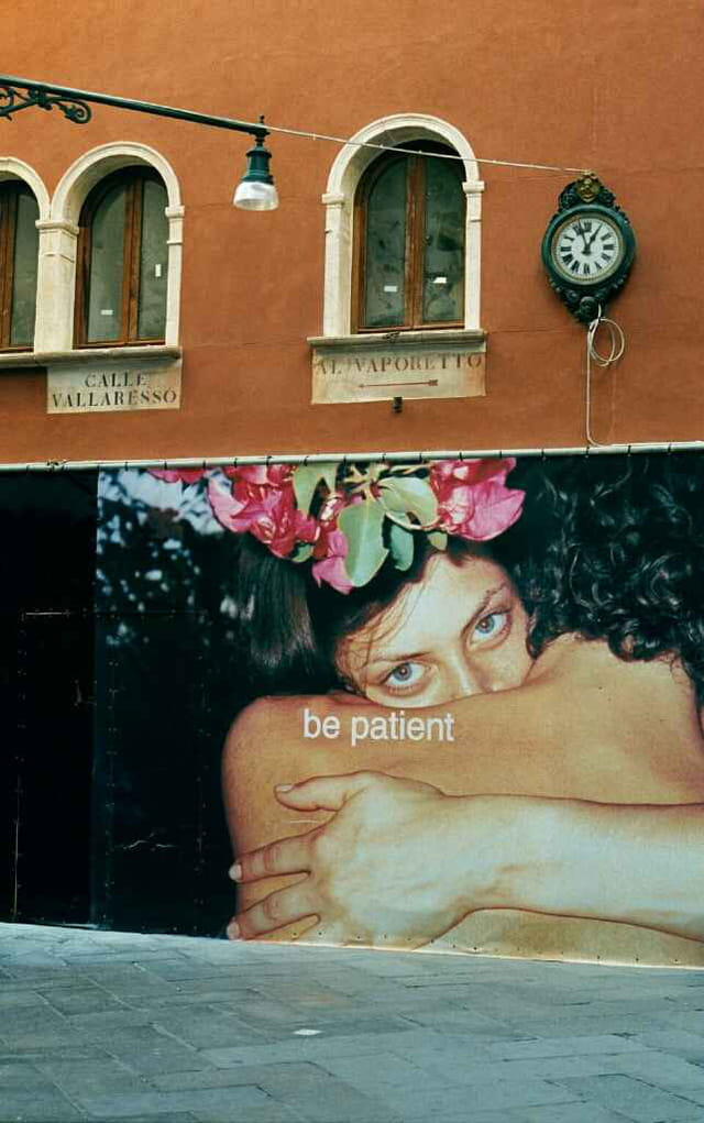 Be patient in Venice !