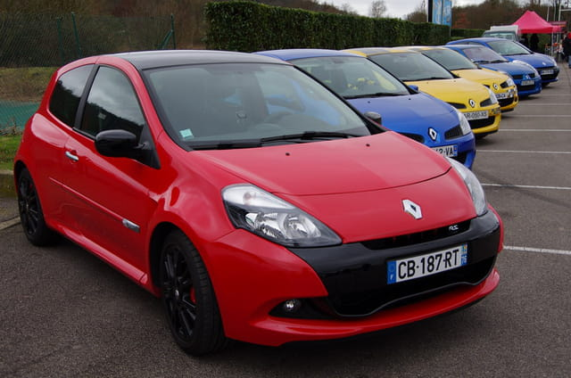 Beau rassemblement de Renault
