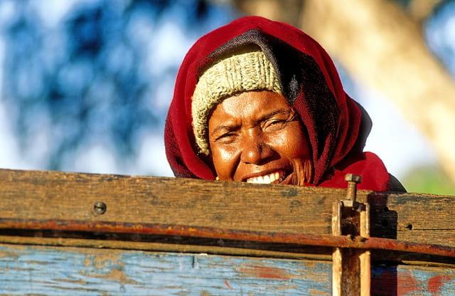 Beau sourire depuis la charrette