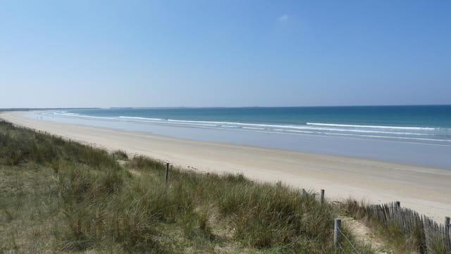 Belle et immense plage