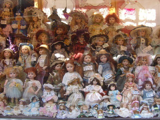 Belles poupées