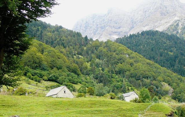 Bergeries dans les Pyrénées