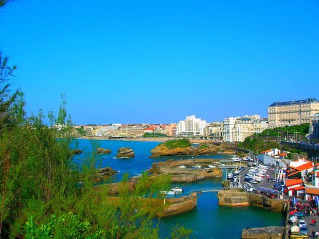 Biarritz et son petit port
