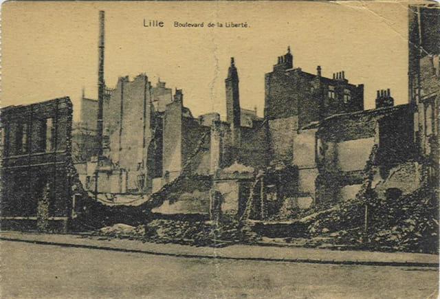 Lille - Boulevard de la Liberté après bombardement (14-18)