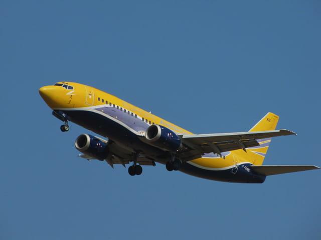 Boeing 737 - Europe Air Post.