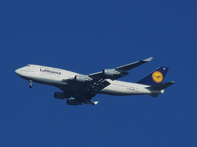 BOEING 747 Lufthansa.