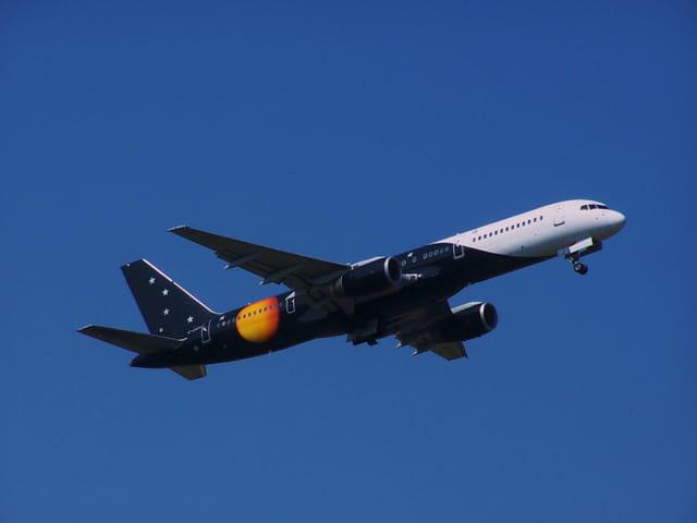 Boeing 757 TITAN Airways.