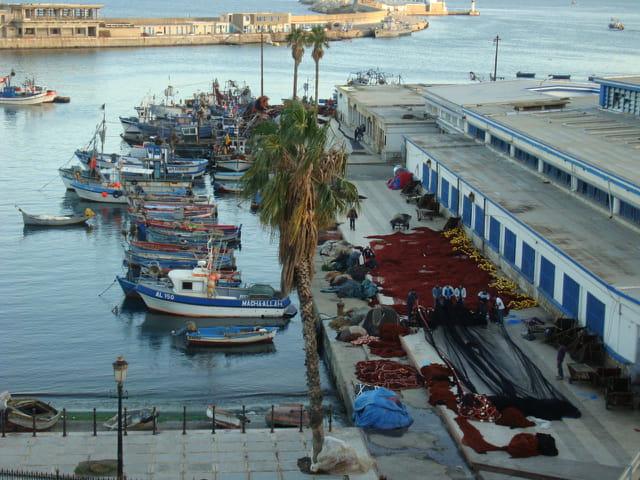 Bonjour à mes parents et amis en Algérie et à tous mes amis dans le monde
