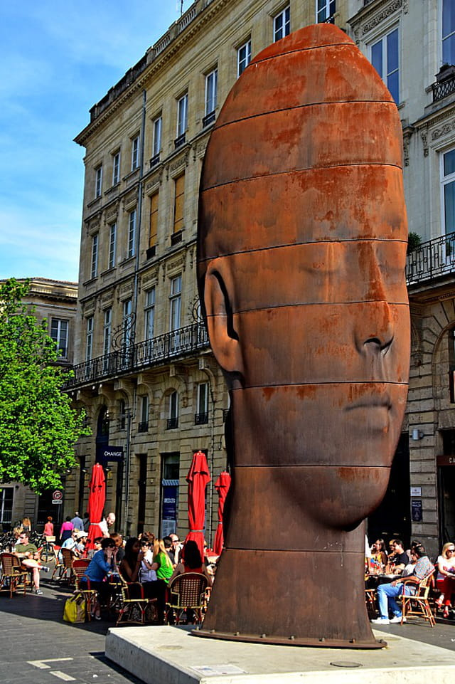 Bordeaux - Sanna, sculpture de Plensa