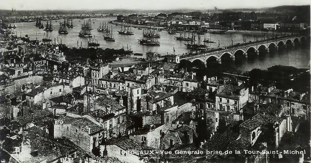 Bordeaux, vue générale prise de la Tour Saint Michel