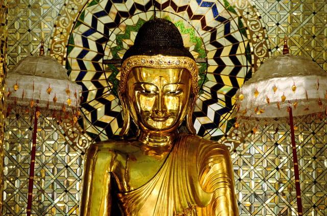 Bouddha dans la pagode