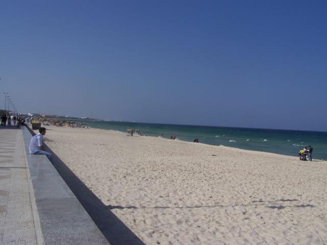BOUJAFAR la plage du soleil